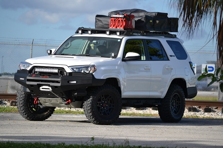 Beautiful Toyota 4Runner 2010 UP Roof Racks